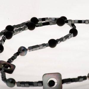 Perles de Tahiti baroque Hématite-nacre -boules agate noire